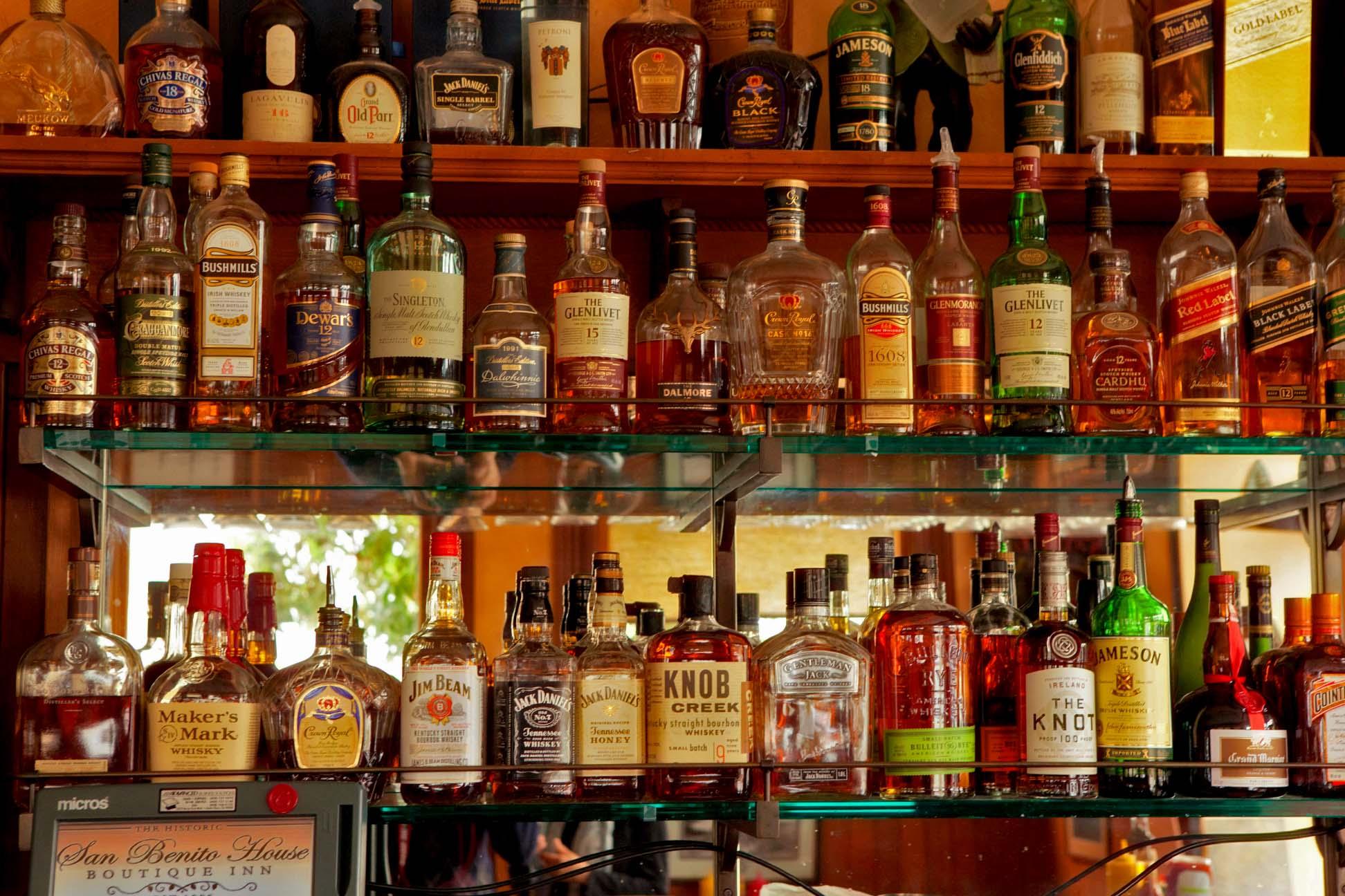 hotel bar photo