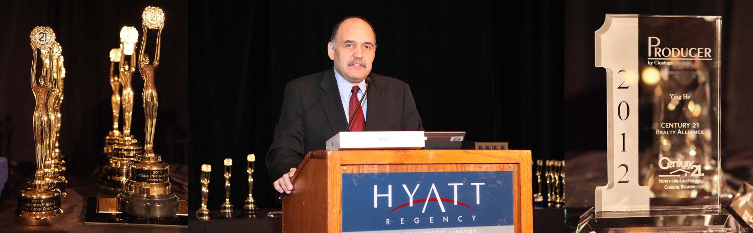 keynote speaker photo for award ceremony